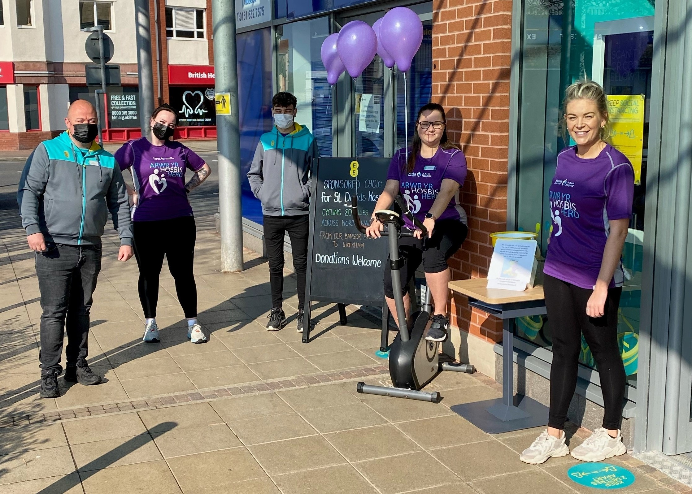 EE Staff get on their bike for local adult Hospice